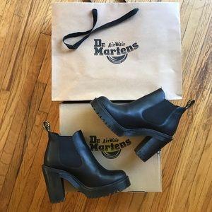 Dr Martens Hurston Chelsea Black Boot Size US 7